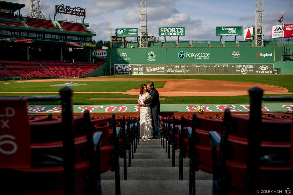 megan-rob-064-fenway-park-boston-massachusetts-nicole-chan-photography