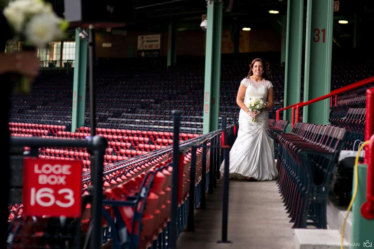 megan-rob-072-fenway-park-boston-massachusetts-nicole-chan-photography