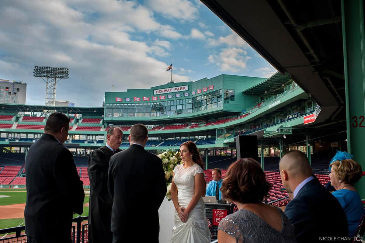 megan-rob-073-fenway-park-boston-massachusetts-nicole-chan-photography