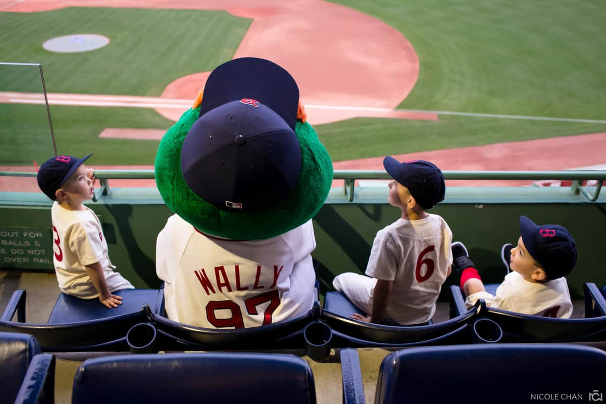 megan-rob-077-fenway-park-boston-massachusetts-nicole-chan-photography