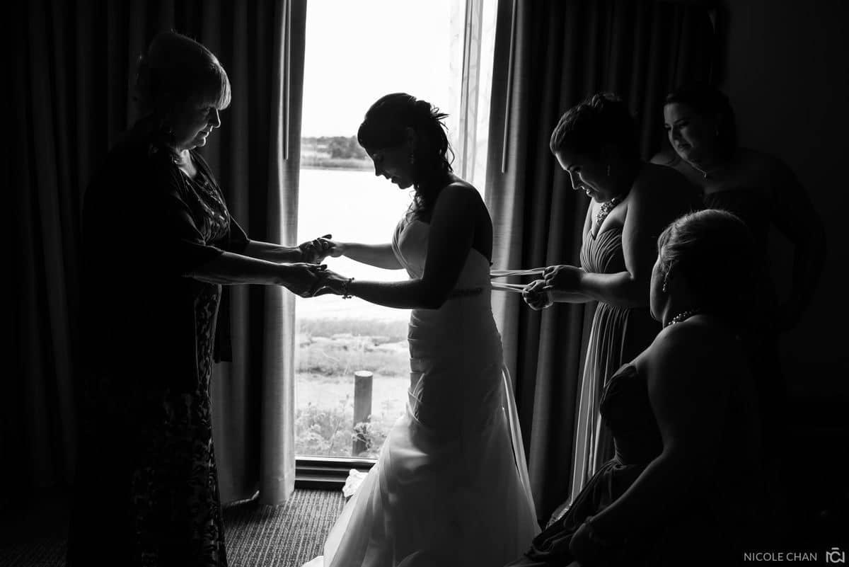 molly-matt-005-adams-inn-hotel-quincy-wedding-photographer-nicole-chan