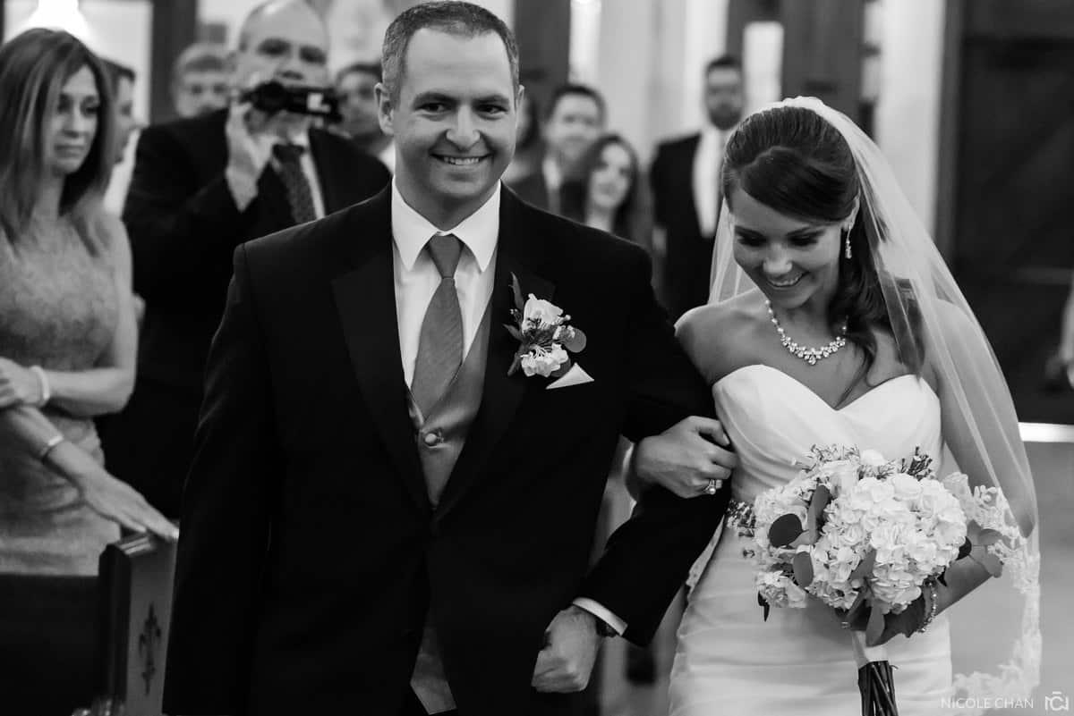 molly-matt-023-adams-inn-hotel-quincy-wedding-photographer-nicole-chan