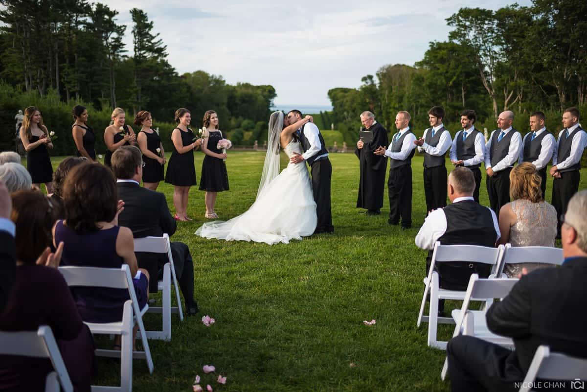 christine-brian-038-crane-estate-castle-hill-ipswich-wedding-photographer-nicole-chan