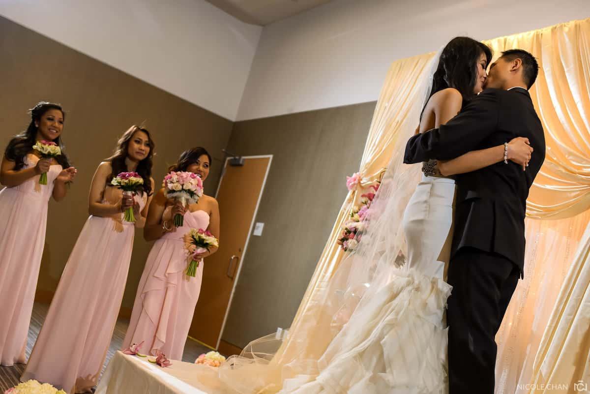 Thea-Billy-110-Boston-W-Hotel-boston-wedding-photographer-nicole-chan-photography