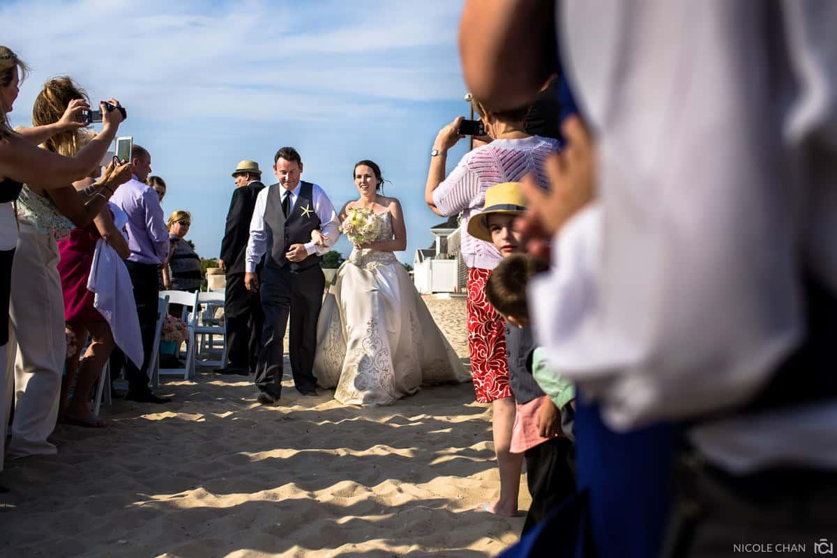 ashley-ryan-015-wychmere-beach-club-harwich-port-wedding-photographer-nicole-chan