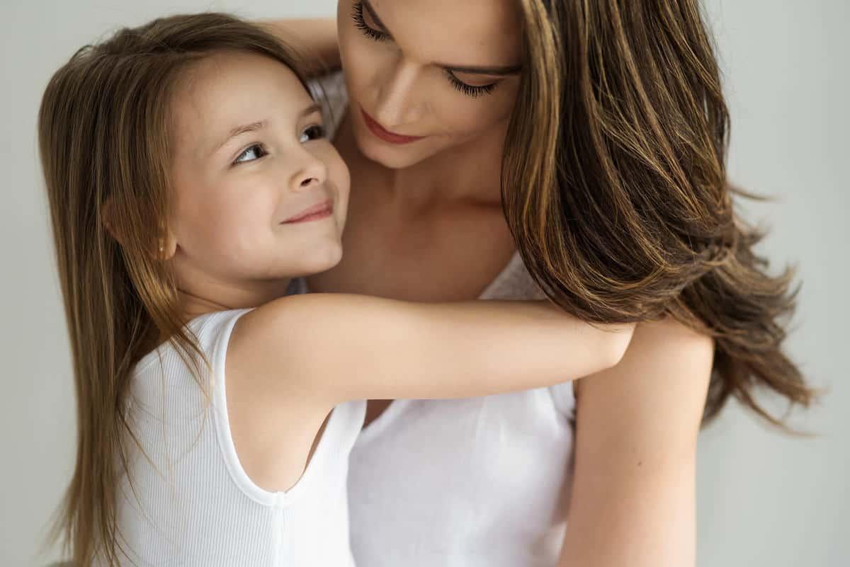 Alyssa-Lila-Nicole-Chan-Boston-Mother-Family-portraits-016