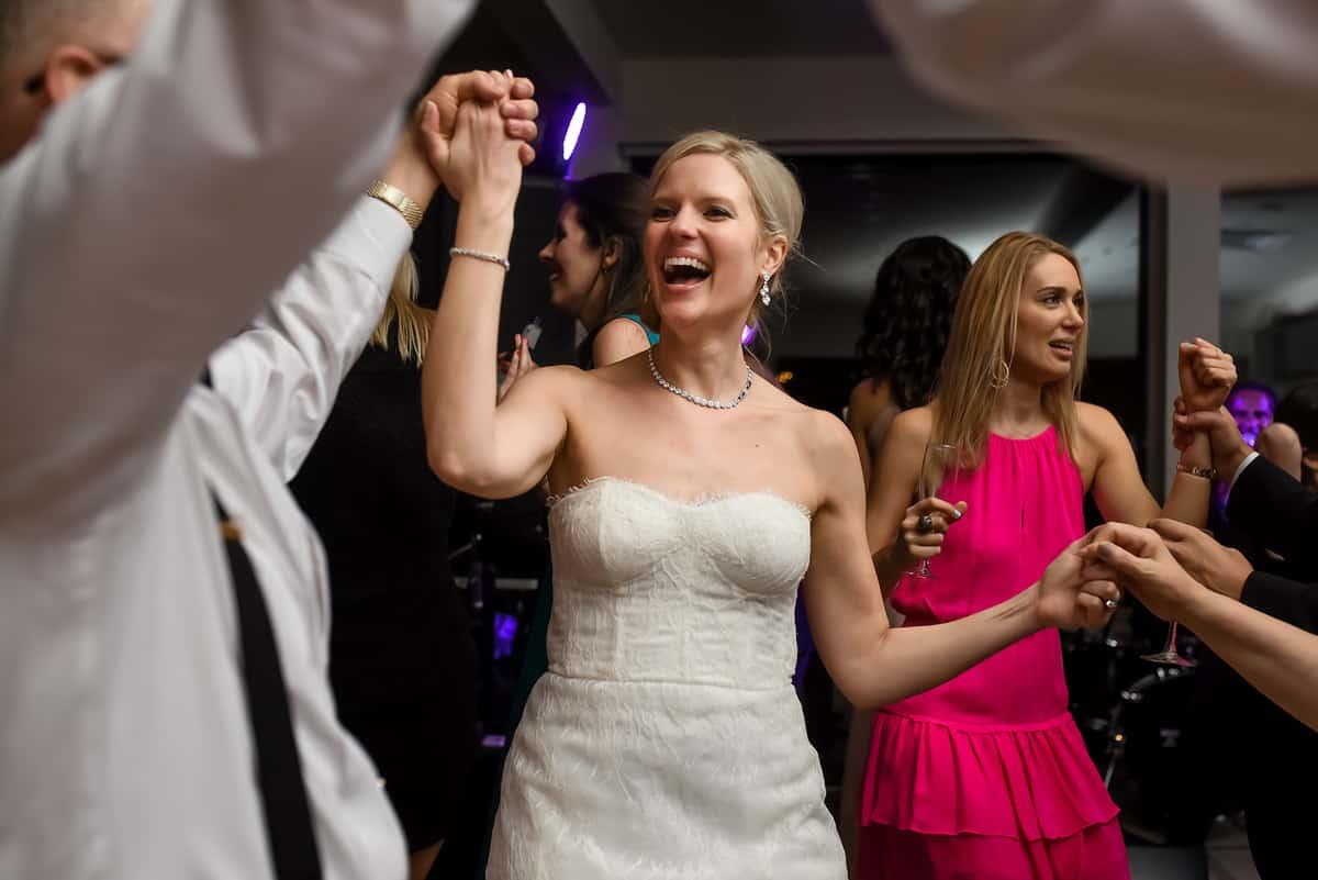 Vicky-John-073-Garrison-New-York-Wedding-Nicole-Chan-Photography