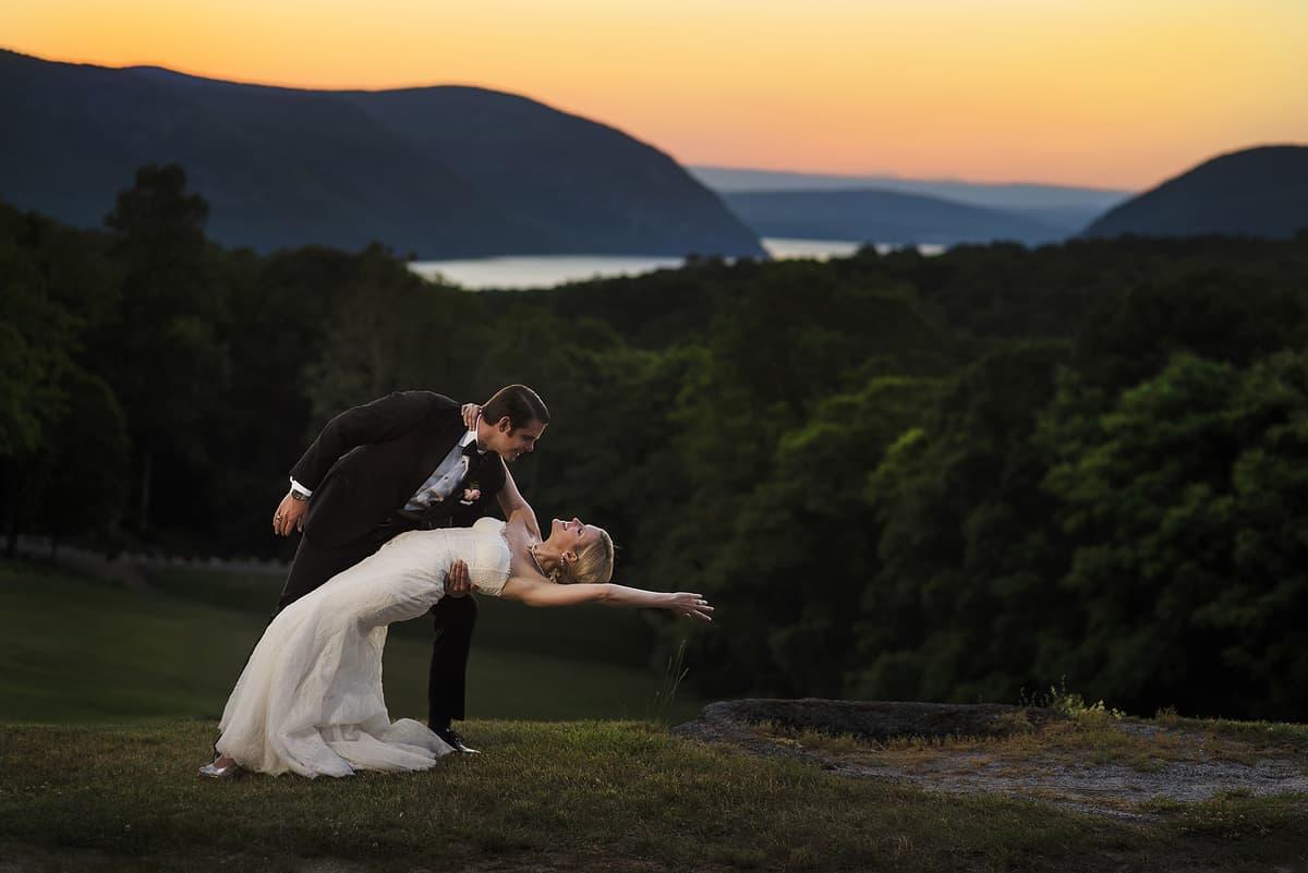 Vicky-John-Garrison-New-York-Wedding-Nicole-Chan-Photography-006