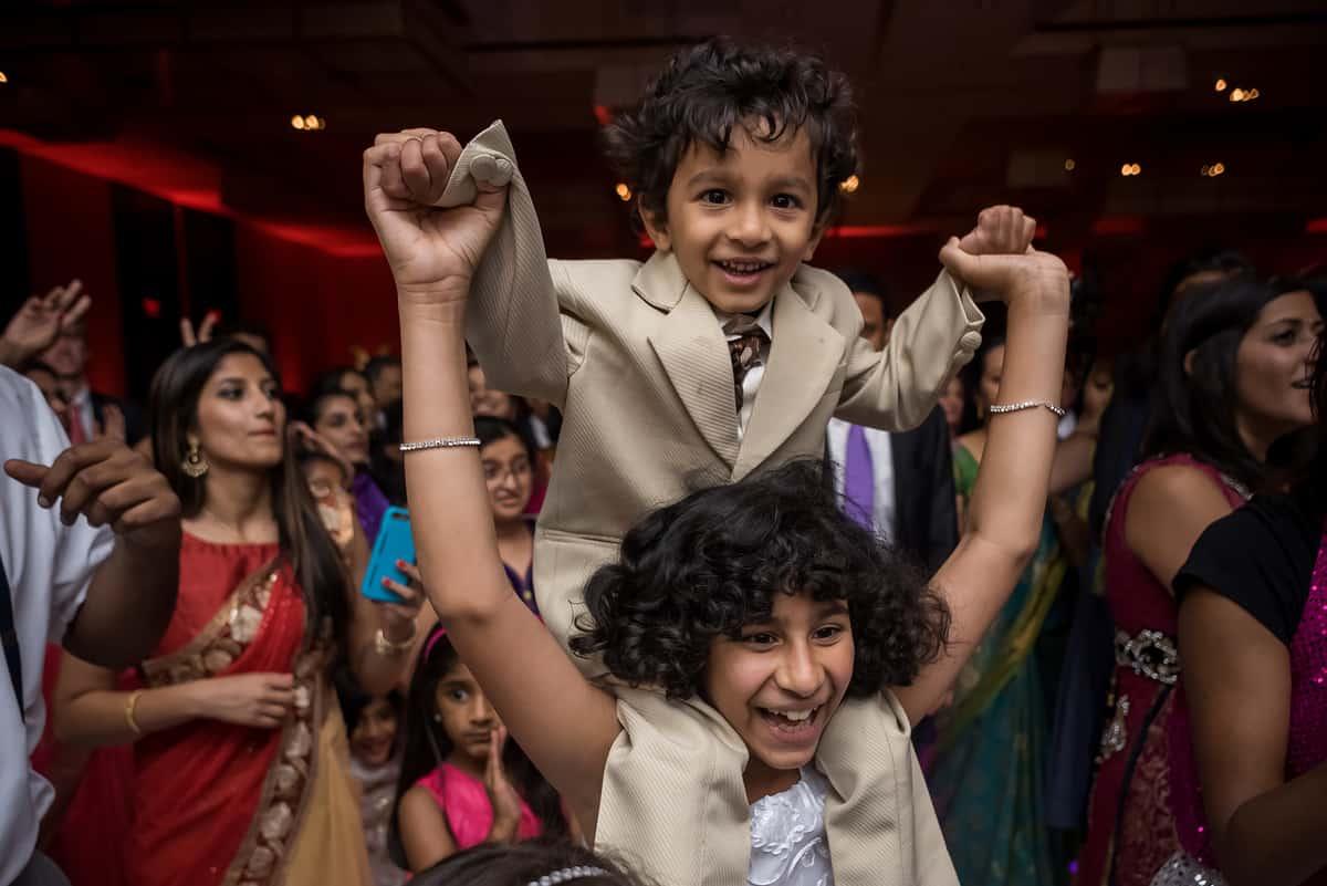 robin-joe-boston-intercontinental-hotel-indian-wedding-nicole-chan-photography-030