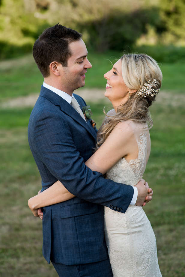 Brittany-Andrew-018-The-Barn-Groton-Wedding-Photographer-Nicole-Chan-Photography