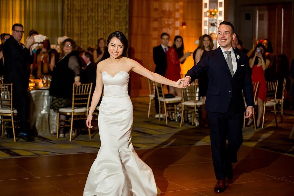 willow-jesse-316-mandarin-oriental-boston-wedding-photographer-nicole-chan