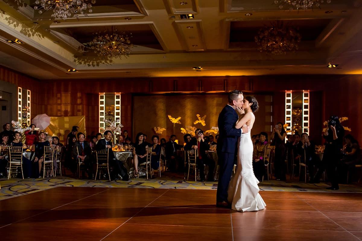 willow-jesse-326-mandarin-oriental-boston-wedding-photographer-nicole-chan
