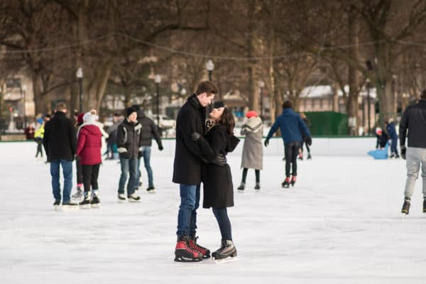 Nikki and Tim's engagement photoshoot at the Frog Pond in the Boston Commons by Nicole Chan Photography