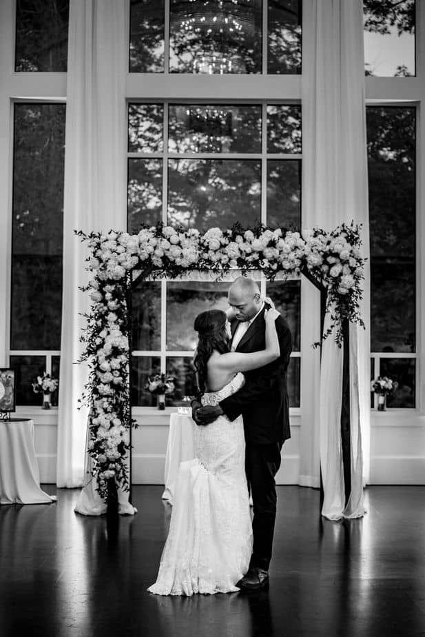 Ally-Jason-Lakeview-Pavilion-wedding-Foxborough-Massachusetts-wedding-photographer-nicole-chan-0021