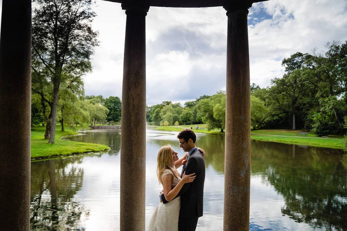Madeline-Adam-Larz-Anderson-Park-Wedding-Photos-Brookline-MA-Wedding-Photographer-Nicole-Chan-Photography-0018-1