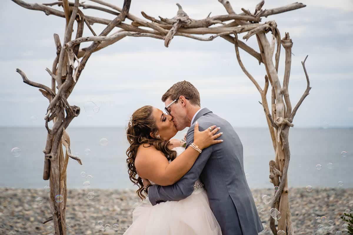 steph-joe-oceanview-of-nahant-boston-wedding-photographer-nicole-chan-photography-005