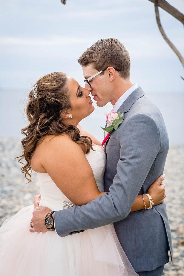 steph-joe-oceanview-of-nahant-boston-wedding-photographer-nicole-chan-photography-006