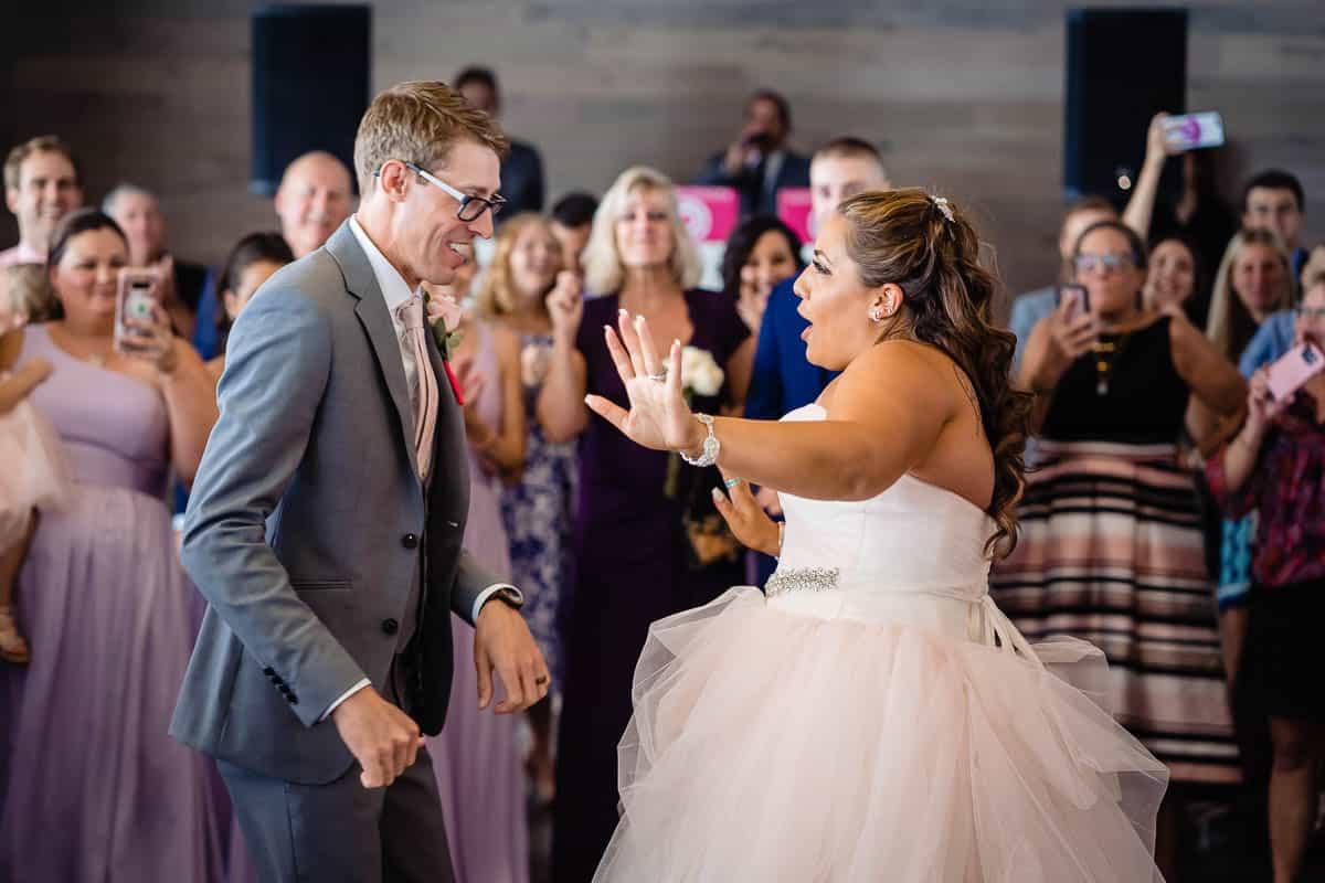 steph-joe-oceanview-of-nahant-boston-wedding-photographer-nicole-chan-photography-009
