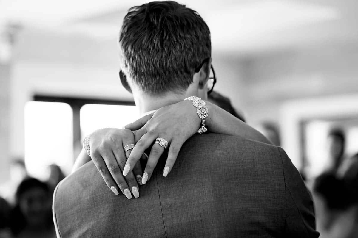 steph-joe-oceanview-of-nahant-boston-wedding-photographer-nicole-chan-photography-010
