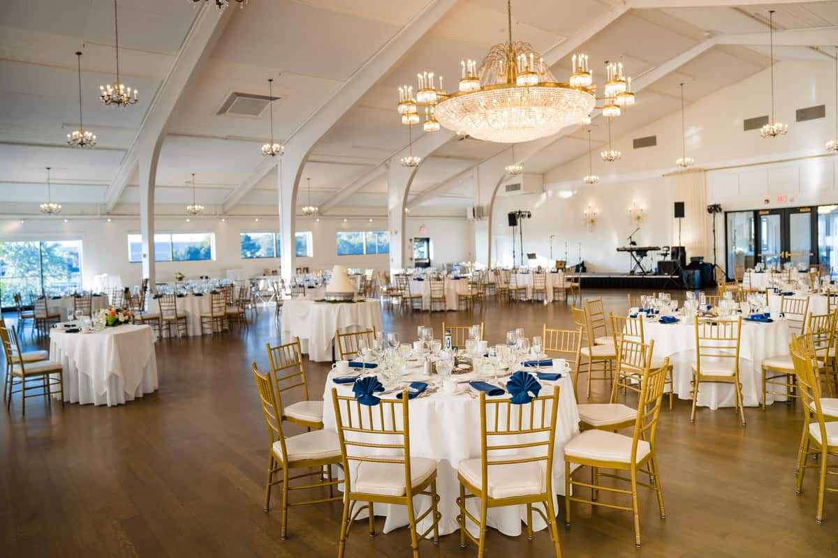 Nicole-Chuch-Danversport-Yacht-Club-Wedding-Photos-Boston-Wedding-Photographer-Nicole-Chan-Favorites-0022