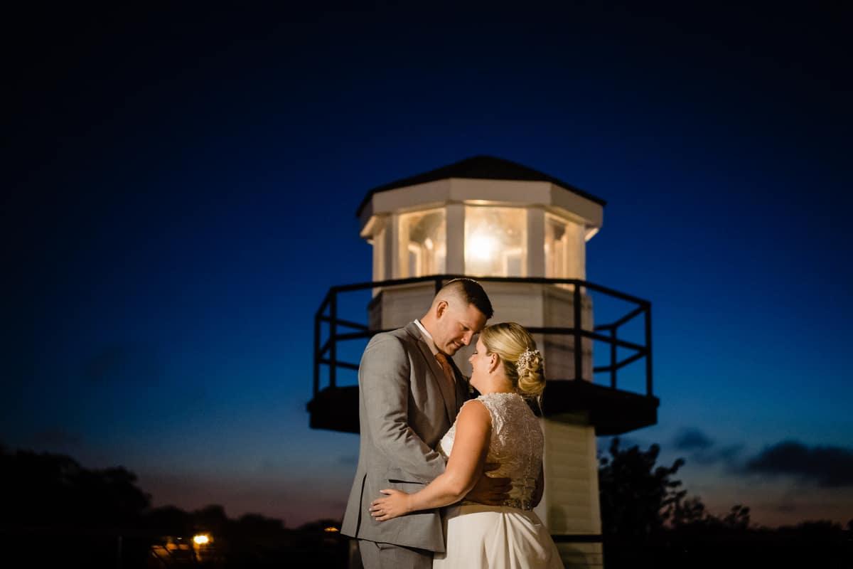 Nicole-Chuch-Danversport-Yacht-Club-Wedding-Photos-Boston-Wedding-Photographer-Nicole-Chan-Favorites-0028
