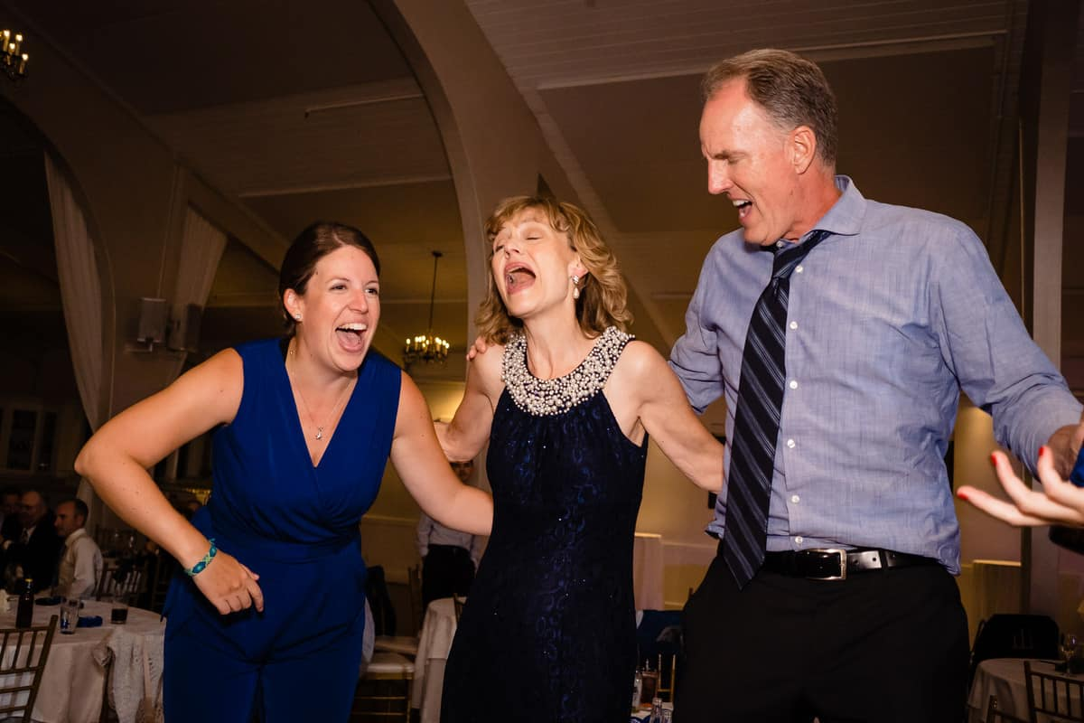 Nicole-Chuch-Danversport-Yacht-Club-Wedding-Photos-Boston-Wedding-Photographer-Nicole-Chan-Favorites-0033