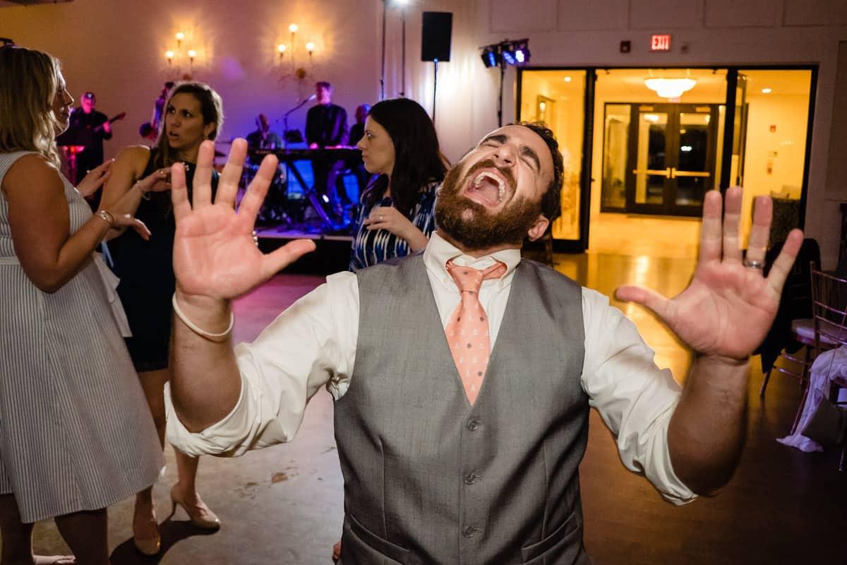 Nicole-Chuch-Danversport-Yacht-Club-Wedding-Photos-Boston-Wedding-Photographer-Nicole-Chan-Favorites-0039