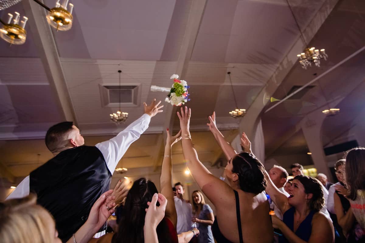 Nicole-Chuch-Danversport-Yacht-Club-Wedding-Photos-Boston-Wedding-Photographer-Nicole-Chan-Favorites-0042