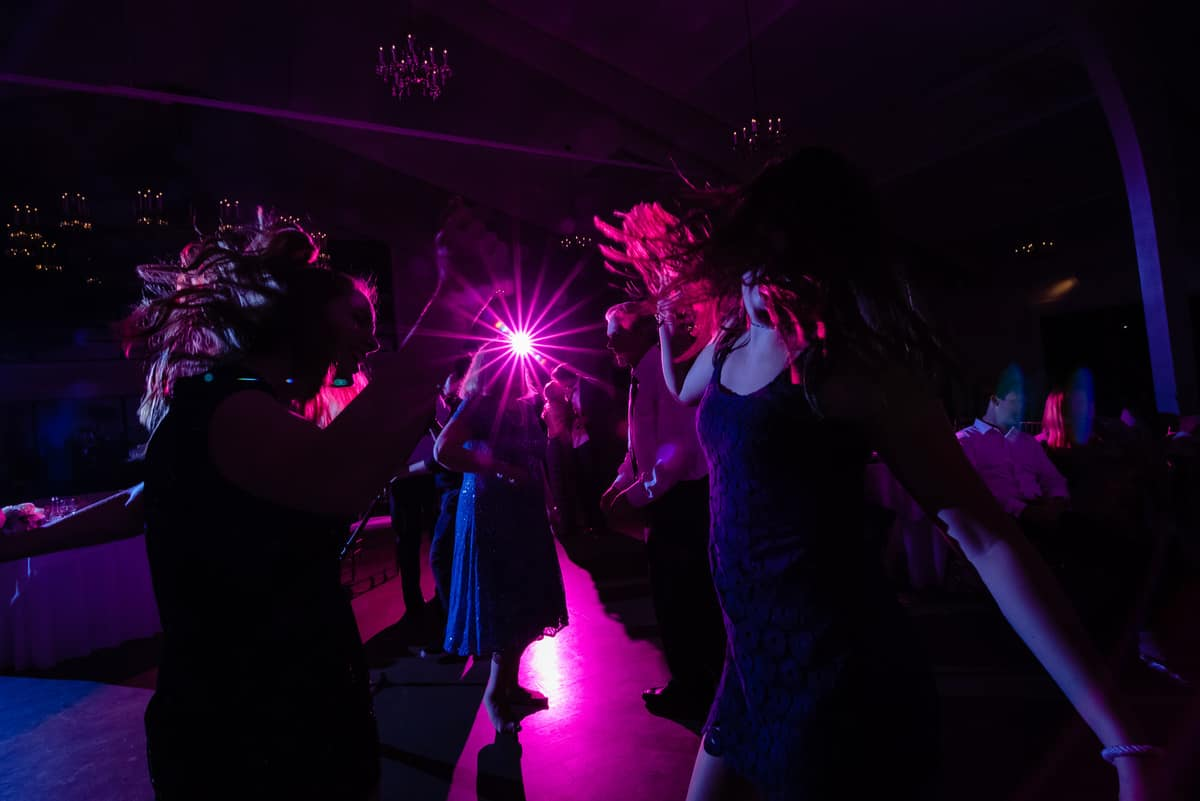 Nicole-Chuch-Danversport-Yacht-Club-Wedding-Photos-Boston-Wedding-Photographer-Nicole-Chan-Favorites-0045