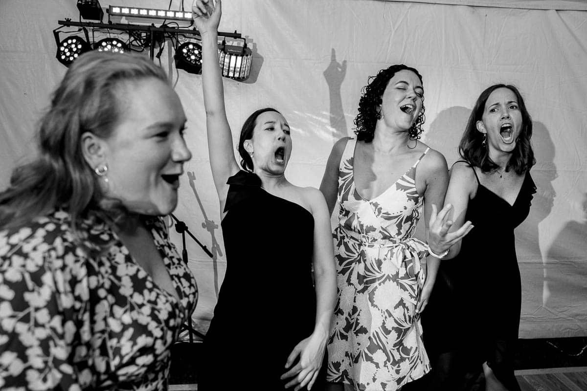 liz-elad-the-client-home-boston-wedding-photographer-nicole-chan-photography-028