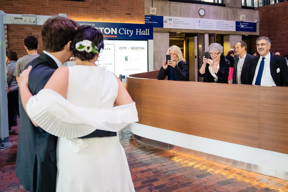 Pareesa-Jamie-City-Hall-boston-wedding-photographer-Nicole-Chan-Photography-15