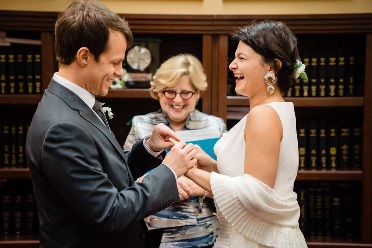 Pareesa-Jamie-City-Hall-boston-wedding-photographer-Nicole-Chan-Photography-28