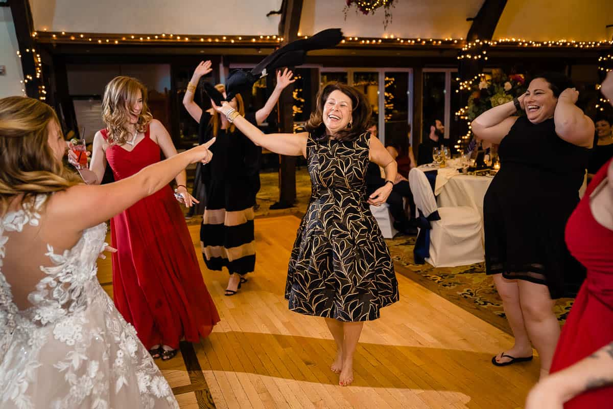 barri-jared-bar-harbor-club-maine-wedding-photographer-nicole-chan-photography-039