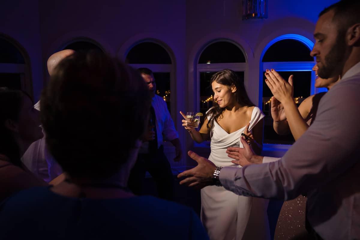 melanie-jay-the-cape-club-wedding-photos-falmouth-cape-cod-wedding-photographer-nicole-chan-0020
