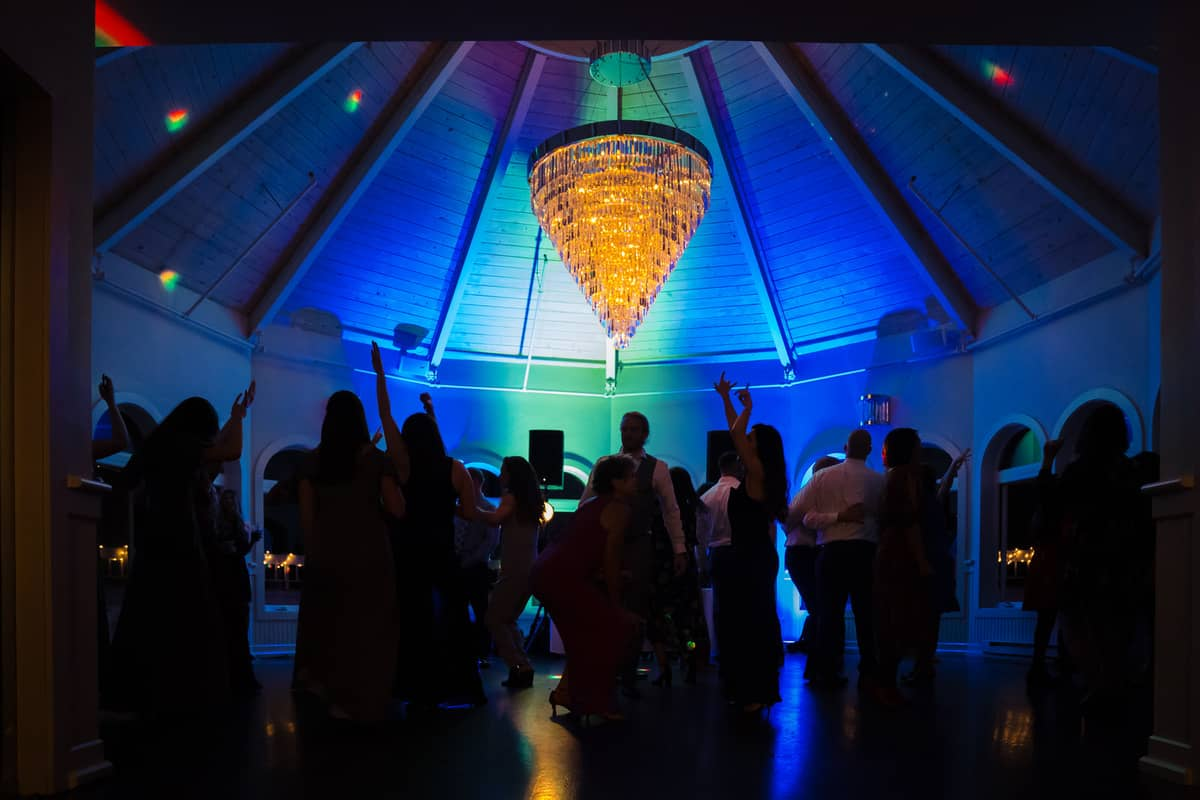 melanie-jay-the-cape-club-wedding-photos-falmouth-cape-cod-wedding-photographer-nicole-chan-0025