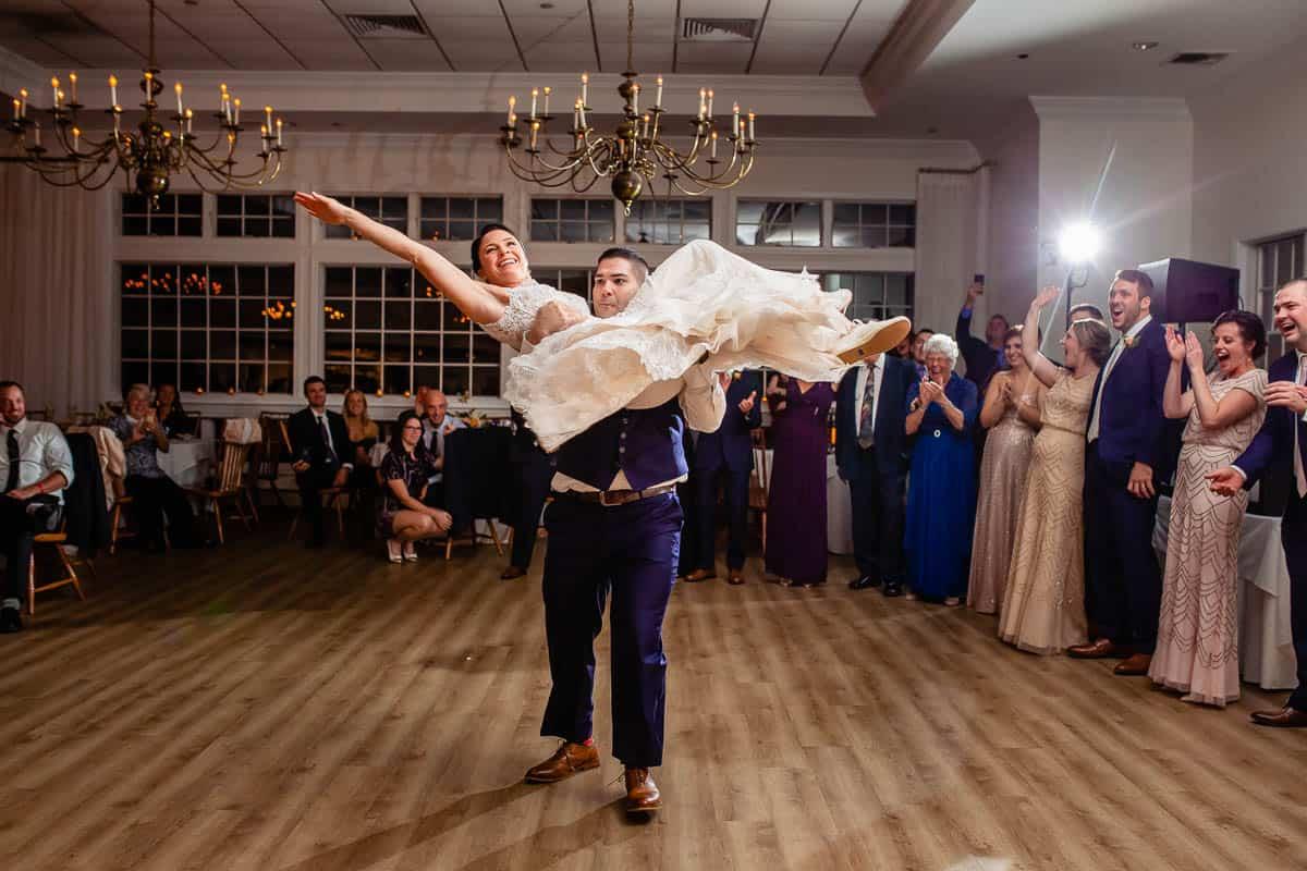 janice-bill-coonamessett-inn-falmouth-wedding-photographer-promessa-studios-016