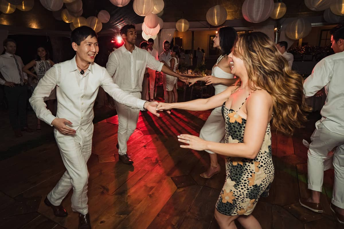 Ashely-Jonathan-Olowalu-Plantation-House-Maui-Wedding-Maui-Hawaii-Destination-Wedding-Photographer-Nicole-Chan-Photography046