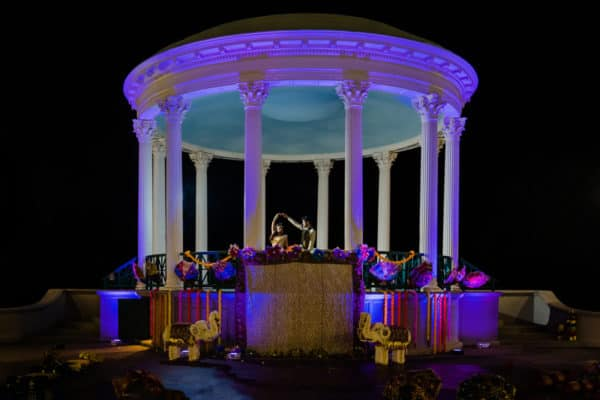 Indian wedding photos at The Casino and Roger Williams Park in Providence, Rhode Island by Providence wedding photographer, Karen, of Nicole Chan Photography