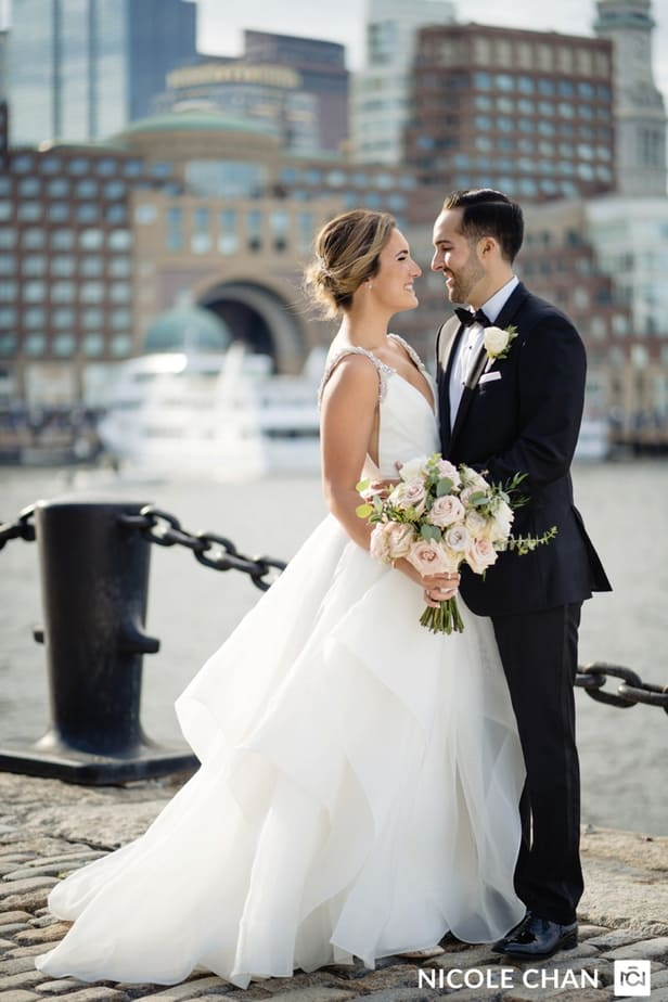 nina-michael-boston-state-room-great-room-wedding-photos-nicole-chan-photography-0001