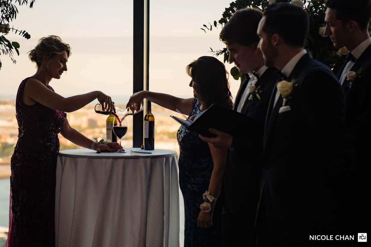 nina-michael-boston-state-room-great-room-wedding-photos-nicole-chan-photography-0016