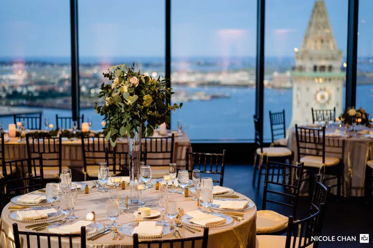 nina-michael-boston-state-room-great-room-wedding-photos-nicole-chan-photography-0020