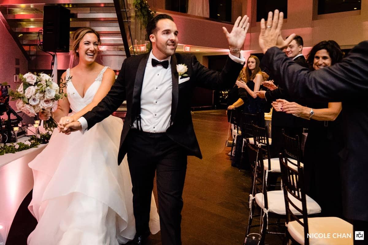 nina-michael-boston-state-room-great-room-wedding-photos-nicole-chan-photography-0027