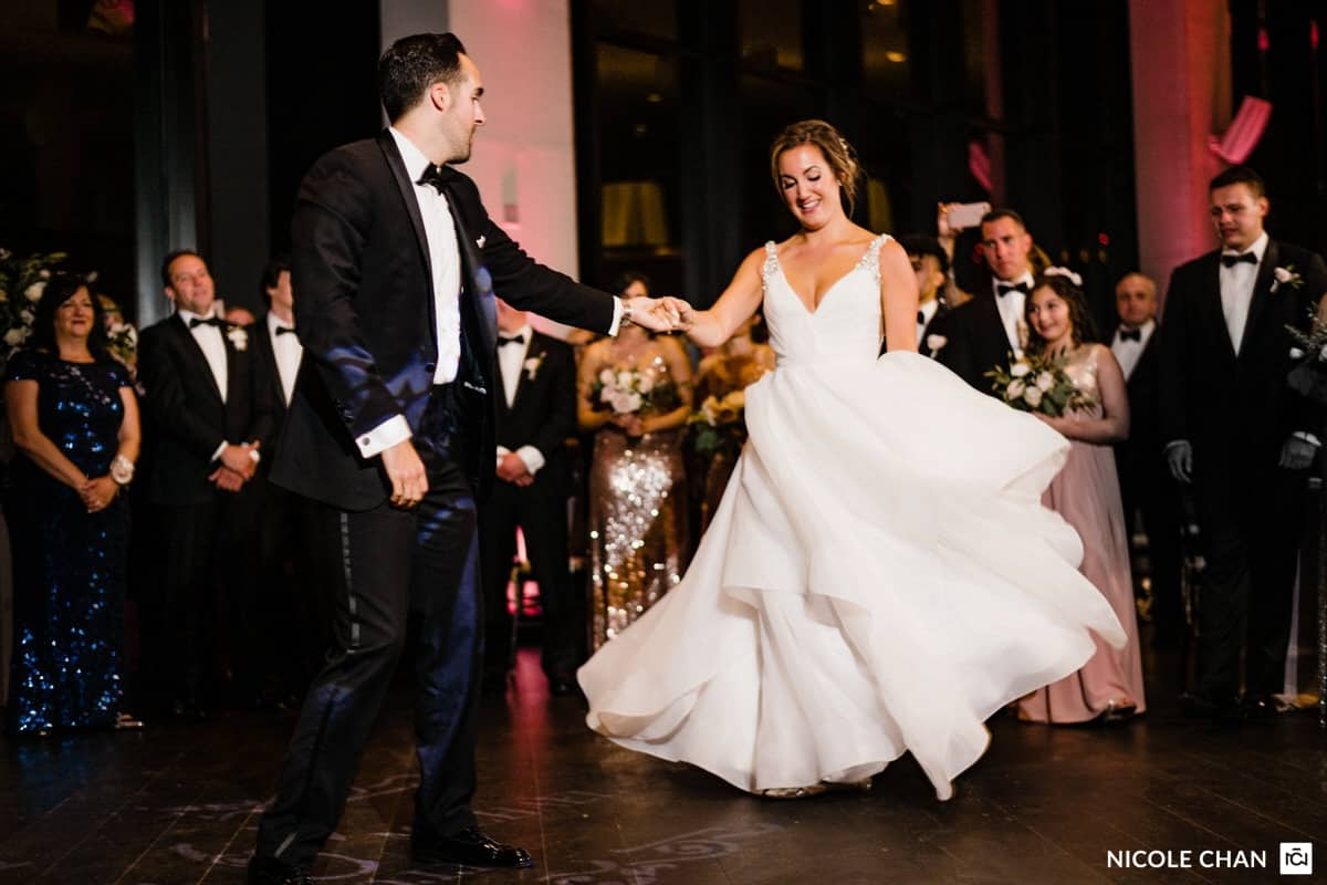 nina-michael-boston-state-room-great-room-wedding-photos-nicole-chan-photography-0051